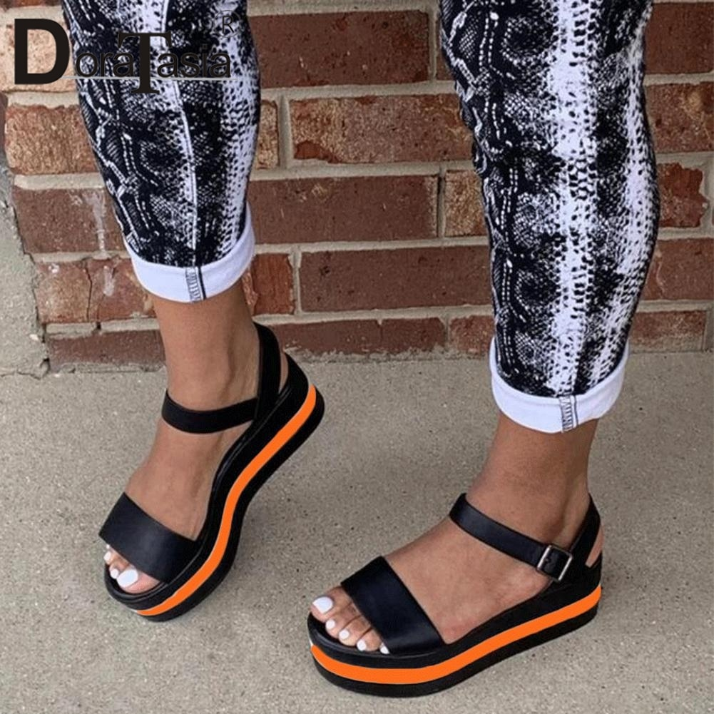 Big Size 35-43 New Ladies Flat Platform Summer Sandals Mixed Colors Wedges Sandals Women 2021 Casual Light Beach Shoes Woman