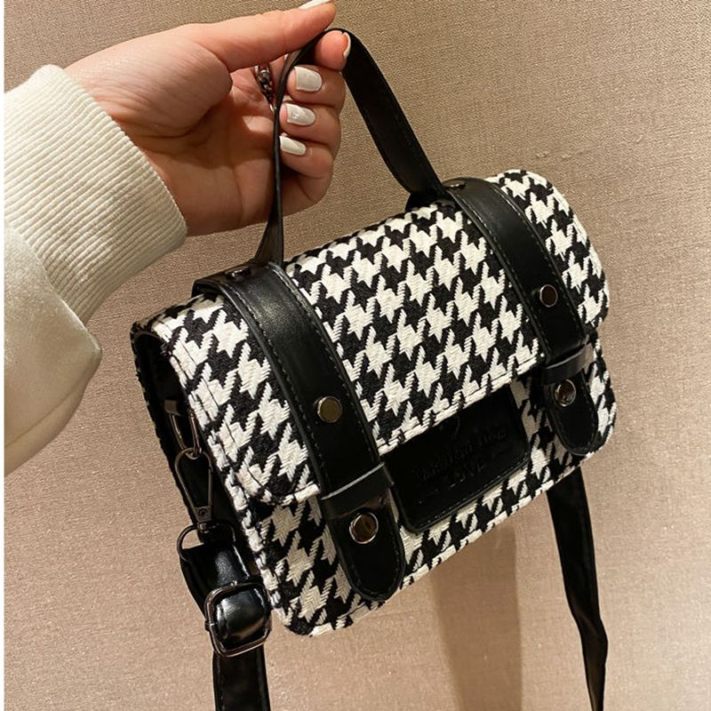 Simple Popular Small Square Novelty Crossbody Lipstick Bags Women's Shoulder Sloping Handbags Fashio