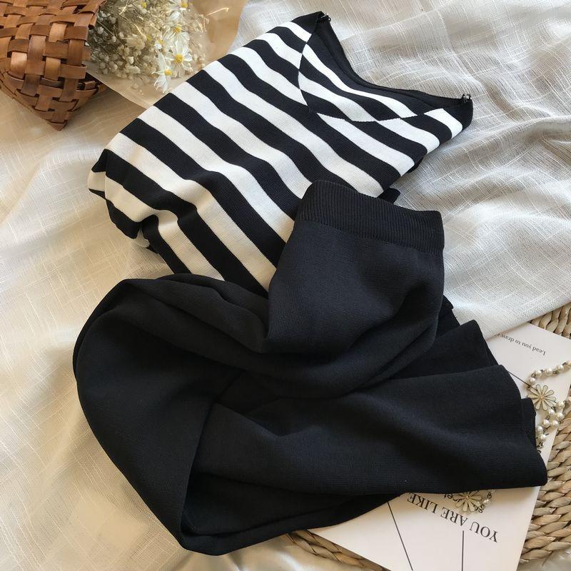 موضة شريط Knitt تي شيرتات قصيرة الاكمام دعوى المرأة الكورية الترفيه ضئيلة اثنين حجم كبير مجموعات جديدة أنيقة ملابس رياضية فضفاضة