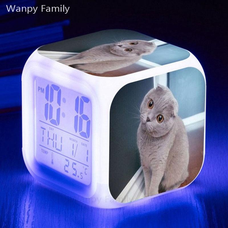 Nette Haustier Katze LED Alarm Uhr 7 farbe Flash Multifunktionale elektron Uhren Großen Bildschirm Digitale Uhr Uhr reloj despertador