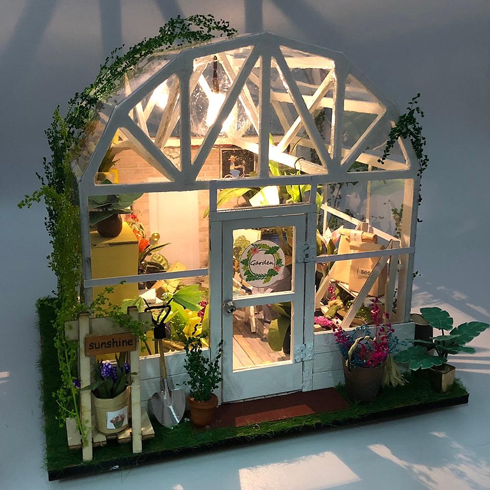 DIY casa rompecabezas Tops Romántica casa de muñecas madera miniatura muebles Kit luz verde dulce casa con LED para regalo de cumpleaños infantil