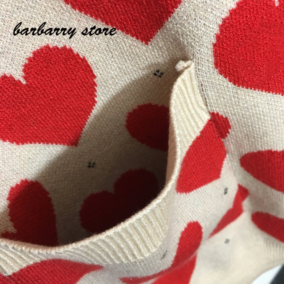 21 luxury brand peach heart letter printing fashion women's top temperament V-neck single breasted long sleeve knitted cardigan enlarge