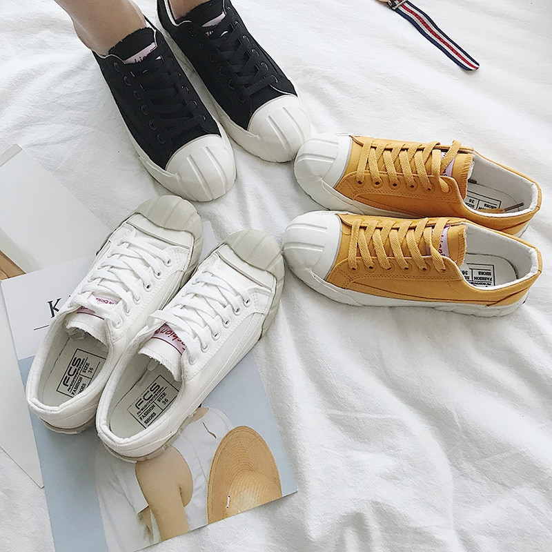 Fashion Lace Up Woman Sneakers Fashion Solid Color Flat Heel Students Leisure Shoes Women Vulcanize Shoe Women Canvas Shoes