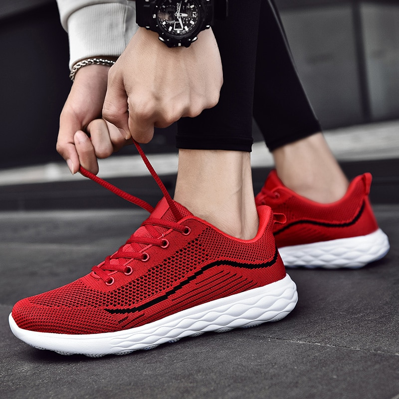 Hot Summer New Men Running Shoes Mesh Breathable Sports Shoes Fashion Lightweight Walking Shoes Trendy Shoes Casual Sneakers Men