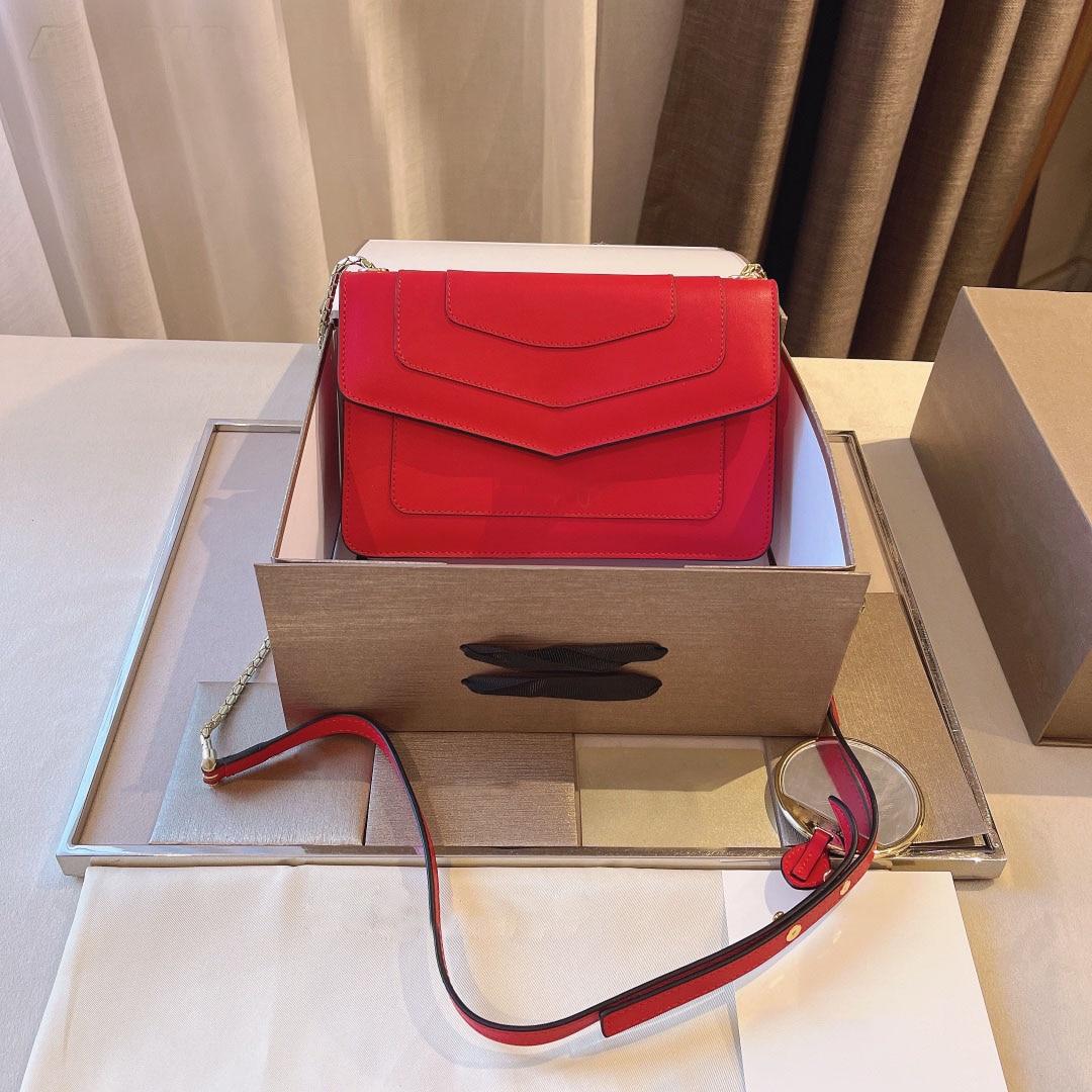 حقيبة بسلسلة صغيرة للنساء 101623 629 من المينا حقيبة أنيقة بتصميم علامة تجارية فاخرة
