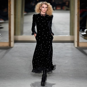 Long Dress Runway High Quality Autumn Winter New Women'S Vintage Elegant Chic Black Velvet Fashion Party Dresses