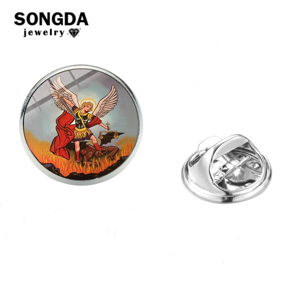 SONGDA Arcángel de San Valentín nos protege de la solapa de Saint Shield, Gema de cristal, Pin de acero inoxidable, insignia, joyería decorativa de Michaelmas