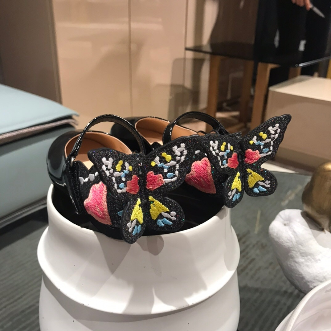 Spring and summer new children's heel butterfly shoes flat heel ballet dance shoes student single shoes girl princess shoes enlarge