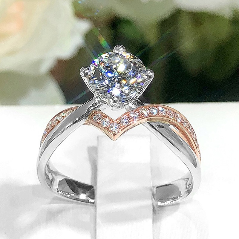 2021 New Trend V-Rings Inlay Shiny Moissanite 925 Sterling Silver Two Color Jewelry For Women Wedding Engagement Couple Gifts