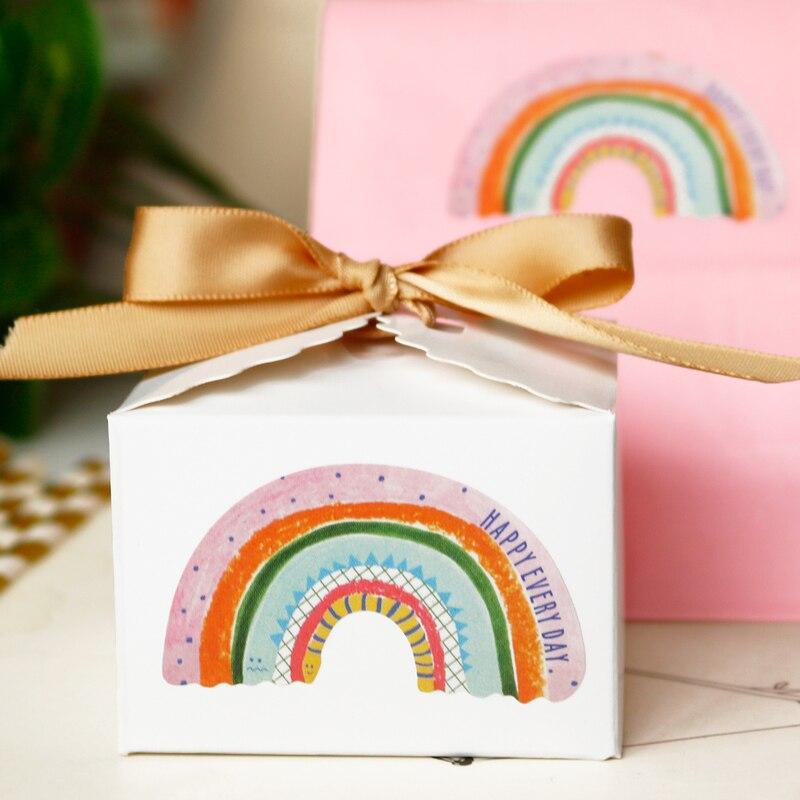 100 Uds papel de arco iris adhesivo autoadhesivo sello pegatinas feliz cada día regalo para hornear etiqueta engomada DIY fiesta boda decoración
