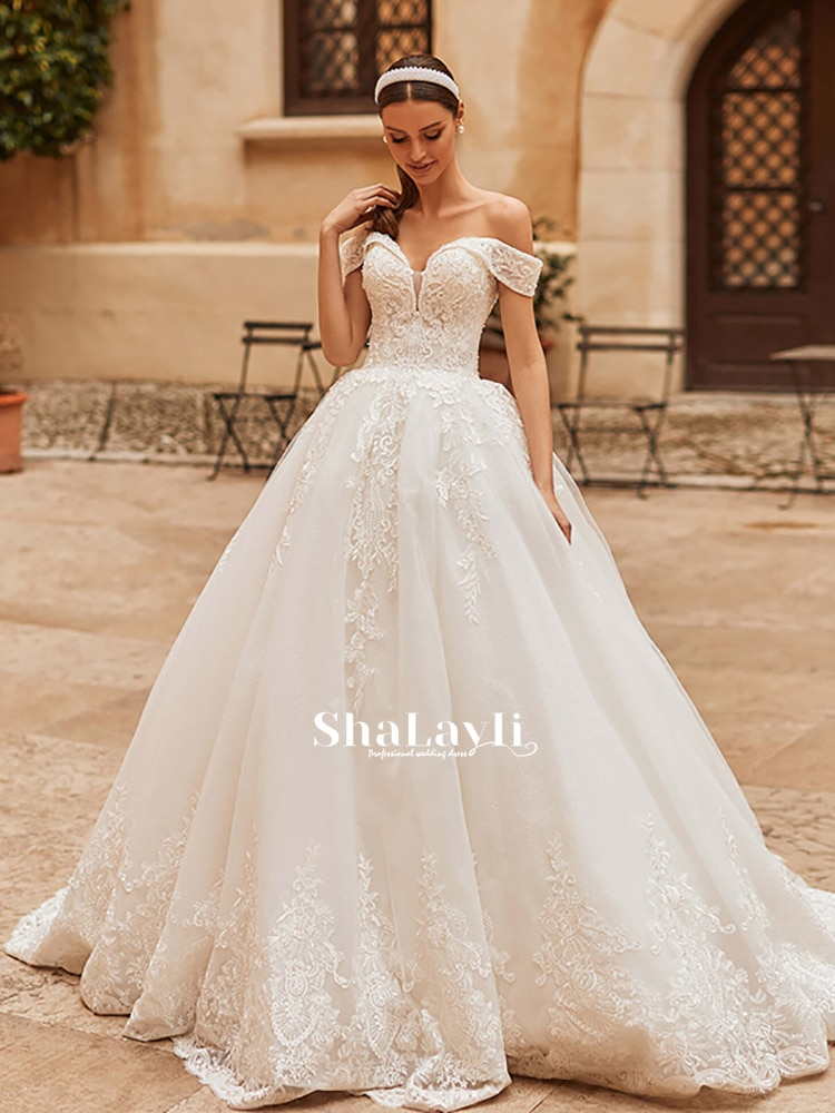 Get Vintage Sexy Wedding Dress Luxury Applique Beaded Lace And Mopping Boat Neck Bridal Gown Halter Lace Premium Custom Plus Size