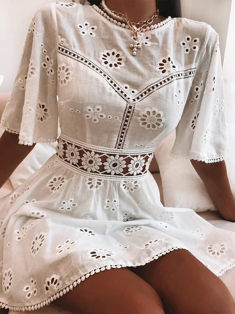 Aproms-فستان قطني مطرز بالورود ، أبيض ، غير رسمي ، عالي الخصر ، قصير ، رسن ، مجموعة الخريف