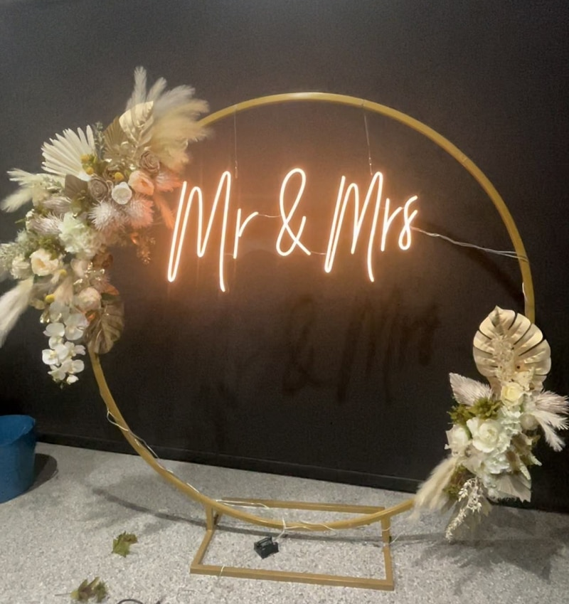 Neon Led Mr&Mrs Custom For Wedding Party Decoration Bedroom Home Wall Decor