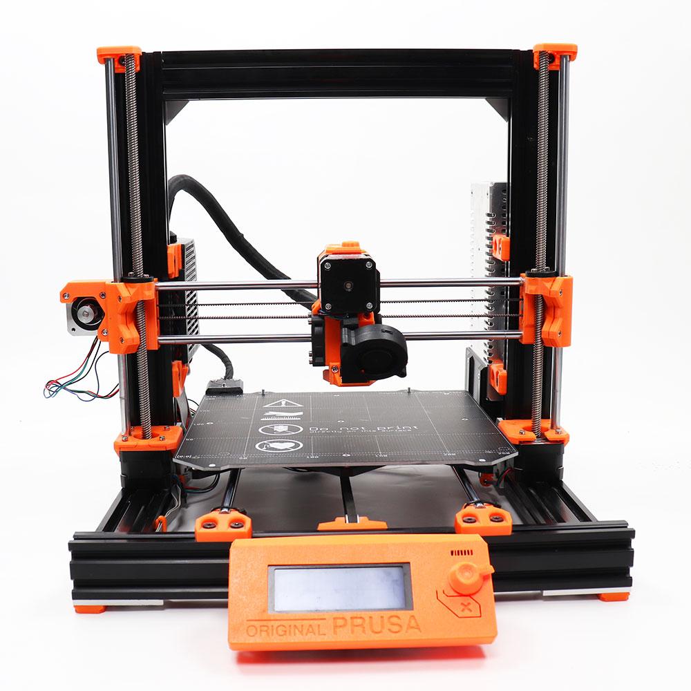 طابعة ثلاثية الأبعاد مستنسخة بروسا l3 MK3S ، مجموعة كاملة بما في ذلك بثق متعدد الألوان مؤكسد بعد القطع ، قاعدة تسخين PEI
