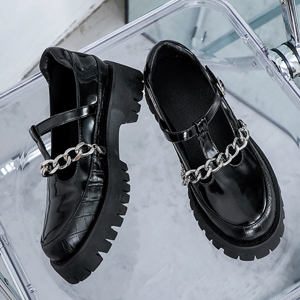 Фото - Termainoov Women Pumps Mary Jane Retro Metal Chain Buckle Fashion Leather Shoes Square Heel Platform Mary Jane mary jane clark it only takes a moment