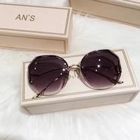 2021 tea gradient sunglasses women ocean water cut trimmed lens metal curved temples sun glasses female uv400 flat mirror