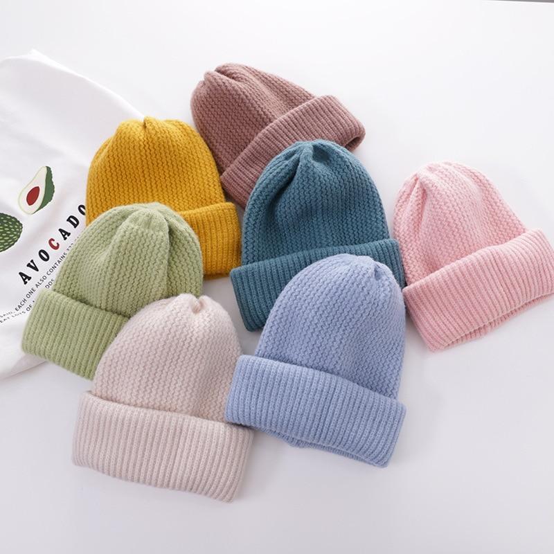 Утолщенные осенне-зимние женские трикотажные шапки в шотландскую клетку в стиле унисекс
