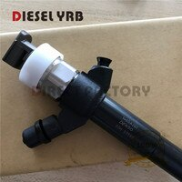 Original new common rail injector 095000-8110 / 0950008110