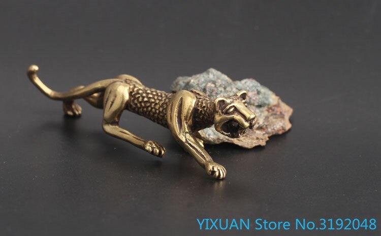 Colección del Tesoro... ornamento del leopardo de colgante de artesanía de llavero
