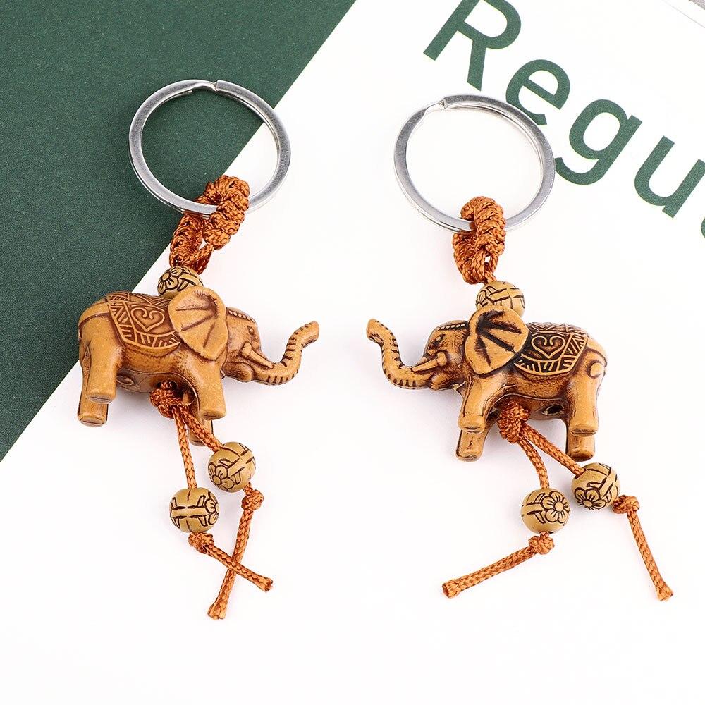 2pcs 3D2pcs 3D Elephant Horse Lucky Carving Wooden Pendant Keychain Gift Accessorites