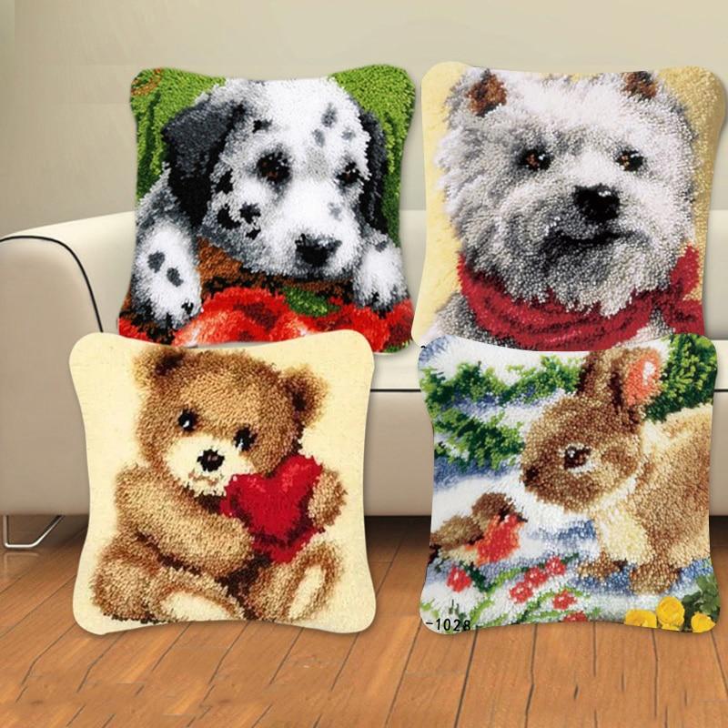 Animal Series Latch Hook Rug Kits Dogs 3D Segment Embroidery Pillow Wool Cross Stitch Carpet Embroidery DIY Latch Hook Pillow