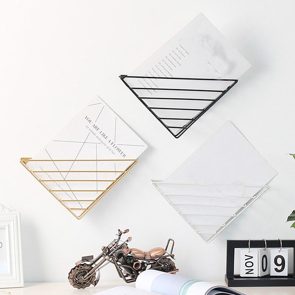 Metal Wall Shelf Wall Mounted Magazine Book Organizer Triangle Metal Wall Decor Display Stand Rack Wall Shelves Home Decoration
