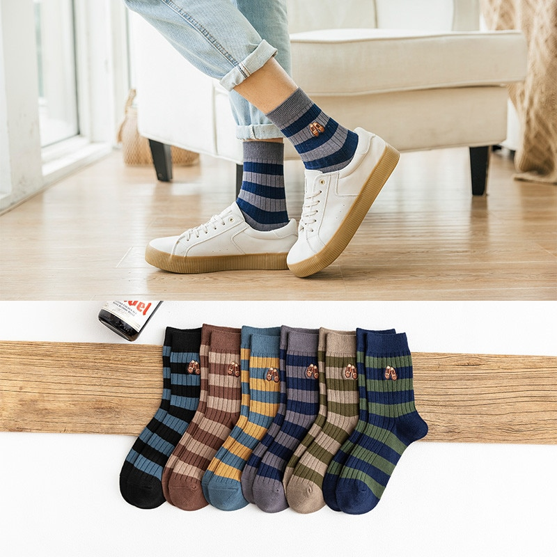 New Fashion Men High Quality Cotton Striped Color Socks British Style Shoes Embroidery Breathable Upscale Casual Deodorant Socks