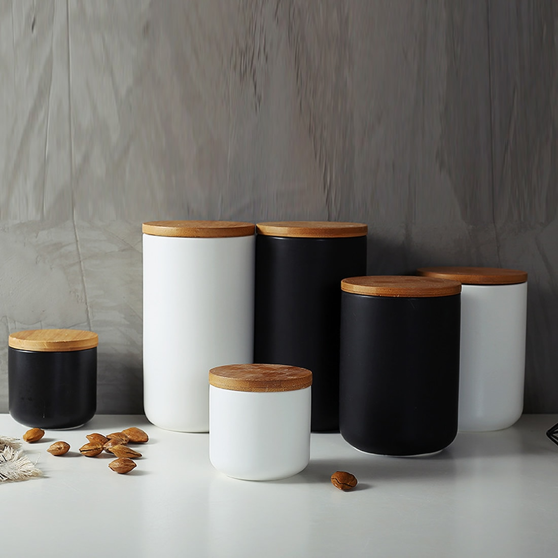 Estilo nórdico cerâmica garrafa de armazenamento jar para especiarias tampa de madeira latas cozinha café chá doces cane recipiente latas para caixa de armazenamento