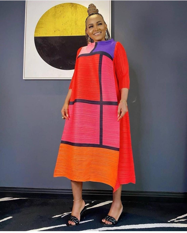 في صيف 2021 ، طبعت ايسي مياكي فستان جديد فضفاض موسّع على الموضة الأوروبية والأمريكية