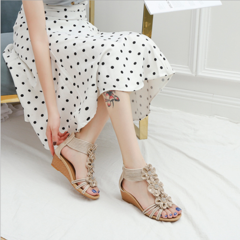 2021 New Simeian Ethnic Style Sandals Womens Slope with Thick Bottom Collocation Skirt Summer Flowers Roman Shoes  XM078