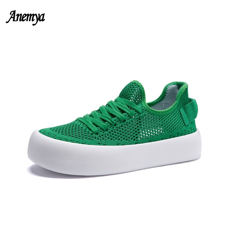 Breathable Mesh Sneakers Women Summer Trend Casual Flat Shoes Female New Fashion Green Comfort White Platform Sports Shoes Girl