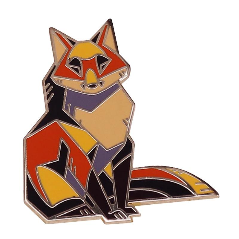 Pino duro do esmalte do metal do ouro da raposa vermelha angular dos desenhos animados