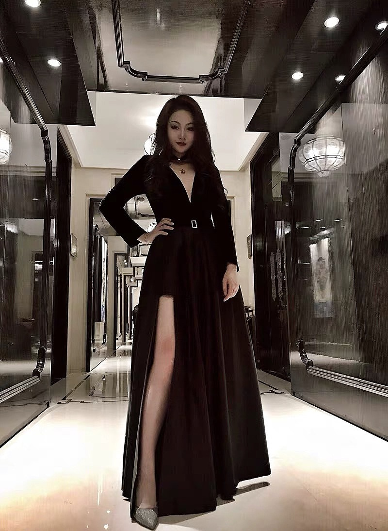 Burgundy Muslim Evening Dress Full Sleeve V-Neck Velour Satin Formal Prom Dress With Pocket High Slit Elegant Maid of Honor Gown