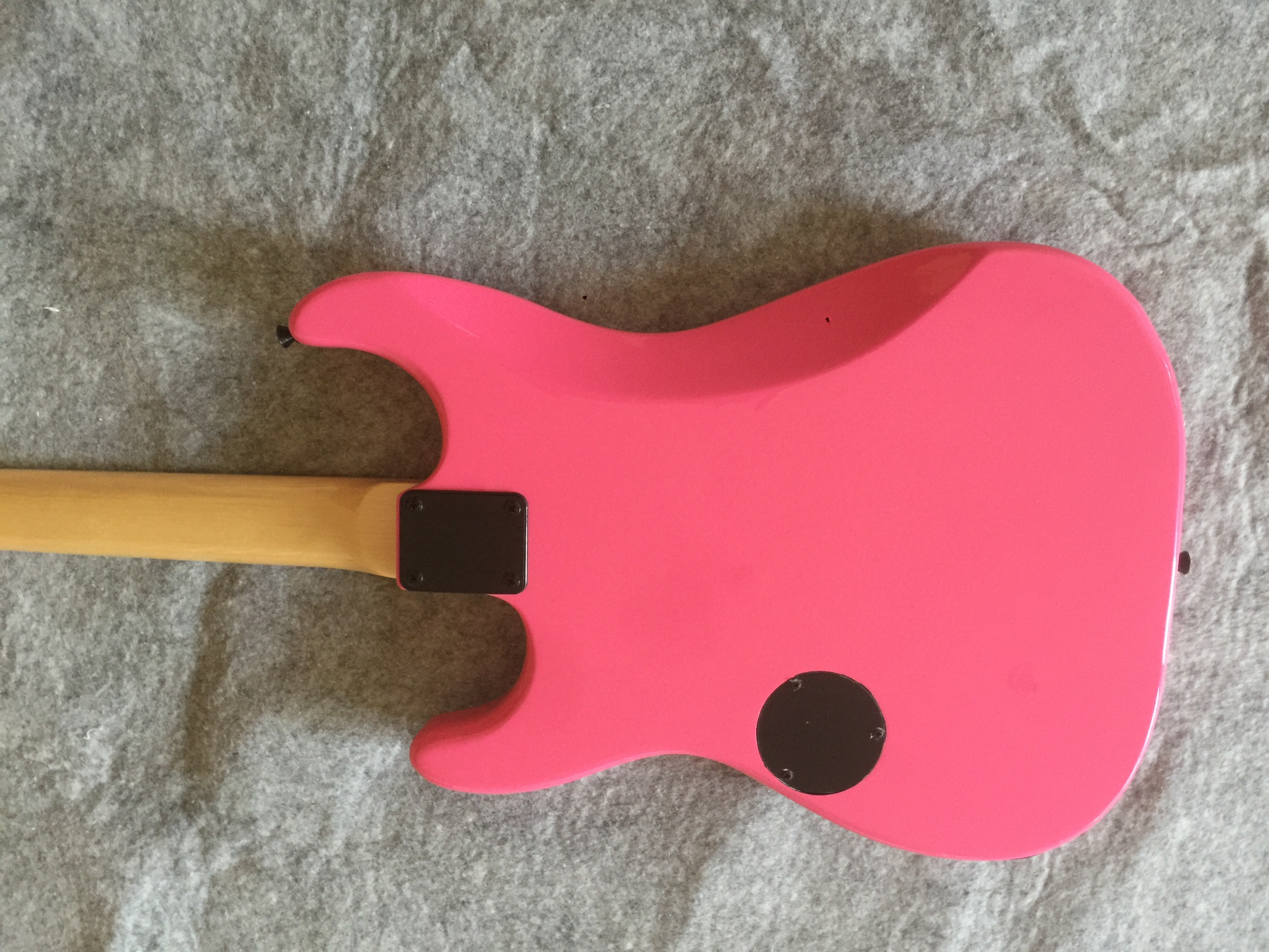 Electric guitar / pink, cartoon cat cute Guitar / customizable guitar color / China Electric Guitar enlarge