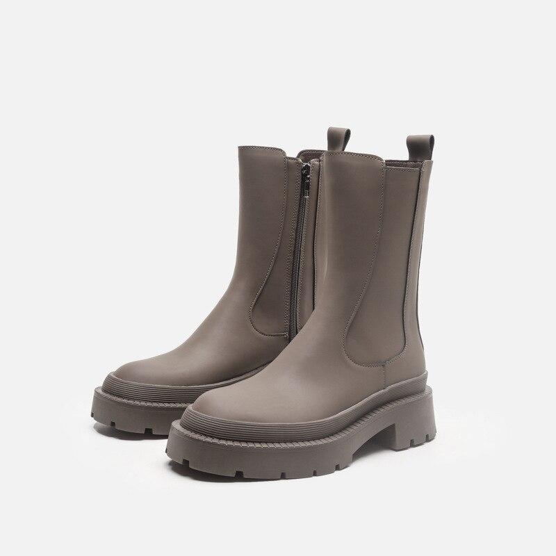 2021 تصميم جديد منصة النساء حذاء من الجلد جولة تو سميكة القاع الشتاء الأسود في الهواء الطلق أحذية السيدات الموضة دراجة نارية الأحذية