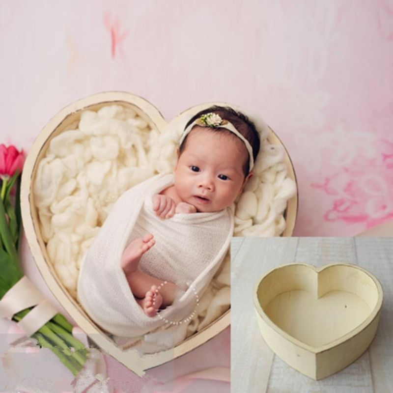 Baby Photography Props Wooden Heart Shape Box Newborn Infants Photo Posing Shooting Prop Accessories