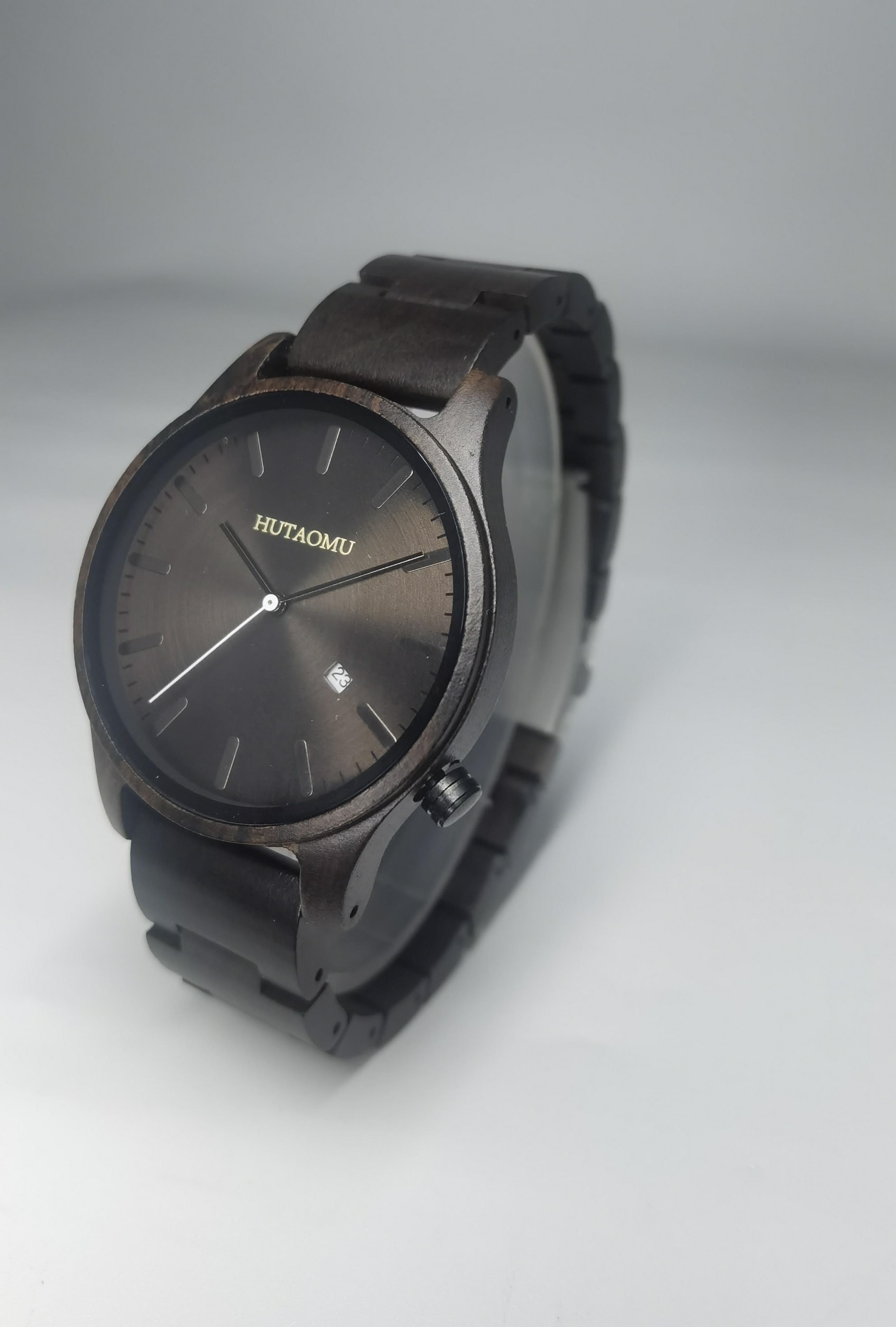 HUTAOMU Watch Men's Standard Analog Date Black Dial Watch Fashion Business Handmade Adjustable Wood