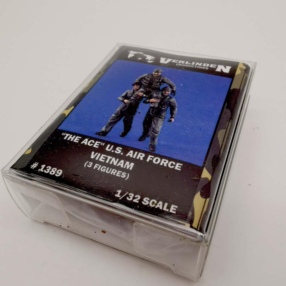 """VERLINDEN 1/32 escala WWII """"The Ace"""" Fuerza Aérea DE LOS EE.UU. Vietnam (3 figuras/juego) embalaje de la Caja"""
