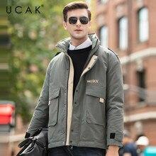 Chaquetas de plumas de ganso gris de marca de UCAK nuevo estilo de moda abrigo informal sólido 2019 invierno Homme chaqueta gruesa cálida para hombres U8023