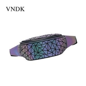2020 spring new casual waist bag PU men's and women's geometric pattern diamond cell phone multifunctional bag spot