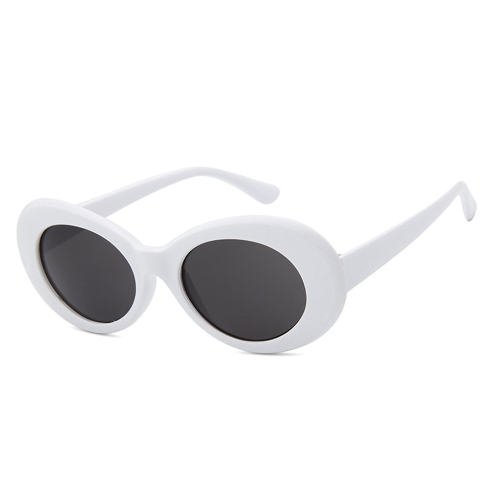 Retro round sunglasses with white frame and gray bag