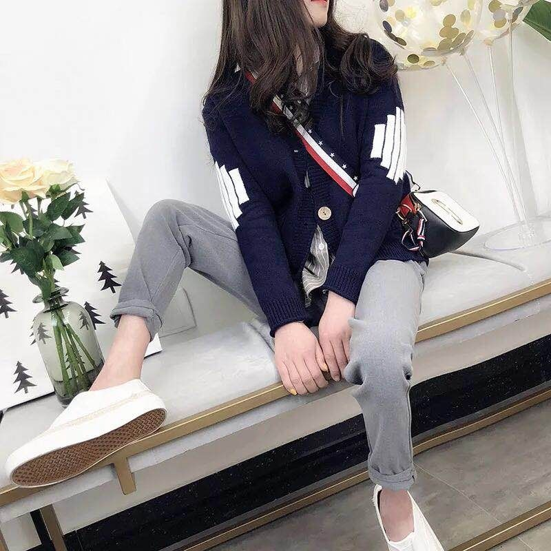 Sweater Jacket Women 's Korean Version 2021 New Autumn WOMEN 'S Loose Long Sleeve Top Spring and Autumn Knitted sweater enlarge