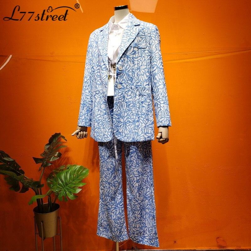 Azul claro acuarela dibujo de Margarita Sentido de desgaste de la muchacha dulce elegante toque de Hong Kong traje pantalones traje otoño