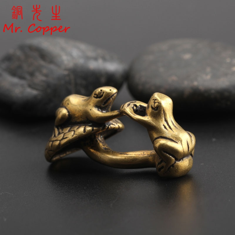 Figuras de miniaturas de ranas de cobre antiguo, estatua de animales de latón, adornos pequeños, decoración de escritorio para sala de estar