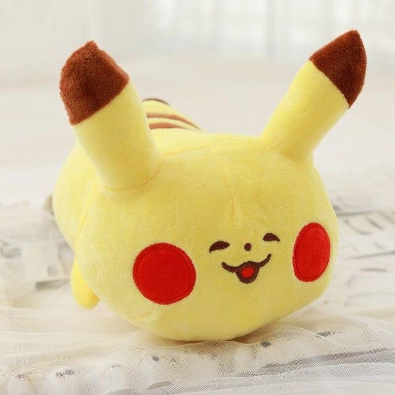 TAKARA TOMY Pokemon Pikachu almohada de felpa bonita expresión Eevee muñeca Kawaii Anime relleno sofá decoración para niño PKM juguete