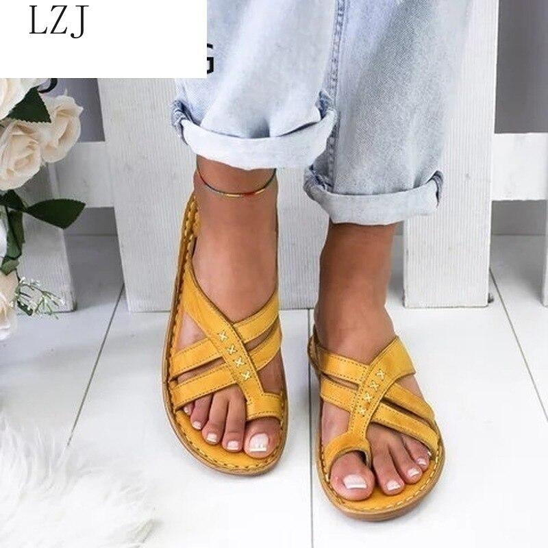 Women Casual Sandals Leather Vintage Comfort Retro Buckle-Strap Flats Sandals Suit for Summer Beach Plataformas Mujer Sandalias