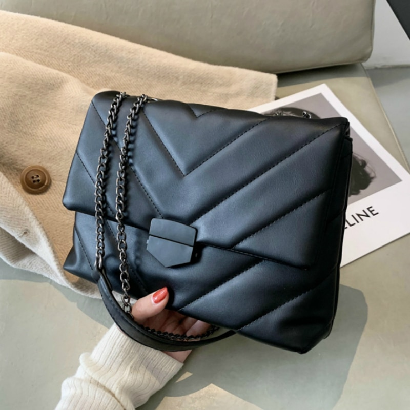 حقيبة كتف نسائية على شكل حرف V ، حقيبة كتف عصرية ، حقيبة يد ومقبض
