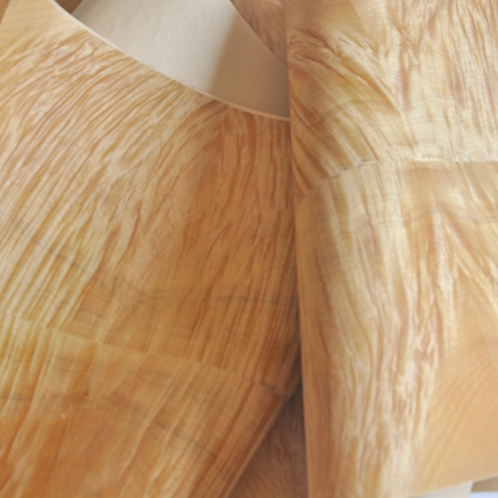 جرينلاند خشب الحرير مع ورق الحرف الخشب القشرة الجدول القشرة الأرضيات الأثاث المواد الطبيعية