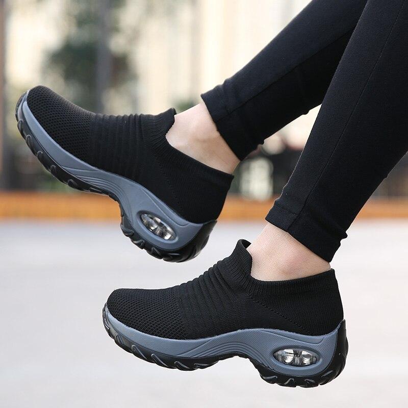 Mais novo sapatos de corrida das mulheres meias tênis atlético mulher sapatos esportivos senhoras sapatos caminhada suave luz ao ar livre zapatillas mujer