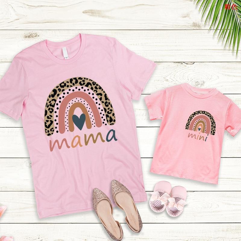 Футболки для семьи, модная одежда для мамы и меня, одежда для маленьких девочек, модные топы для мамы и мамы, одежда в готическом стиле